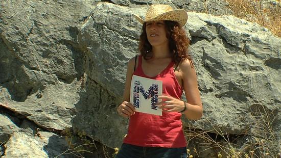 Fotograma del documental El pan de las piedras, realizado con metodologías de audiovisual participativo por Trasfoco Escuela Audiovisual Itinerante para no Audiovisualistas en la Serranía de Ronda, Málaga