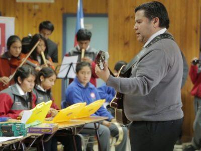 Organizado por Asociación Comunicación Cooperativa y Trasfoco Escuela Audiovisual Itinerante en la Escuela Aquelarre de Quicaví , Chiloé (Chile)
